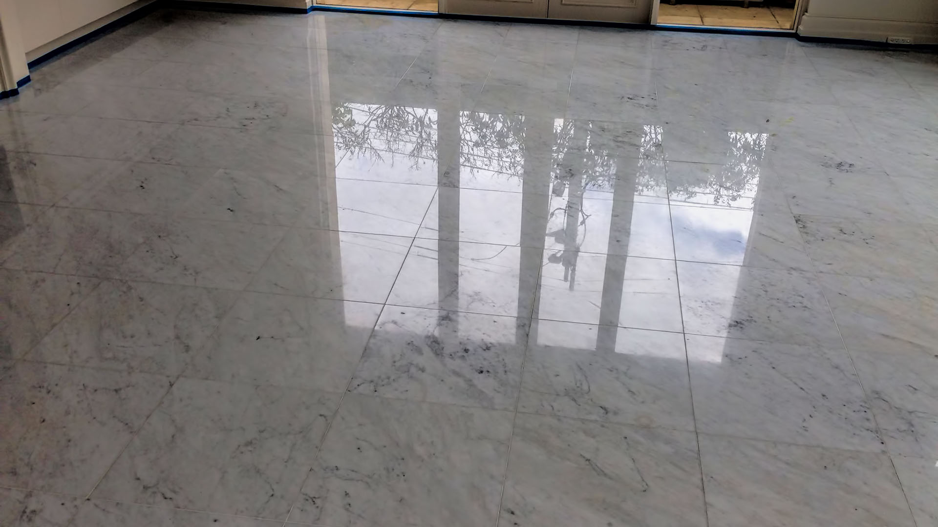 polished floor tiles